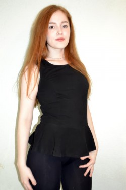 18yo Redhead camgirl JuliaYoung18 @ MyFreeCams